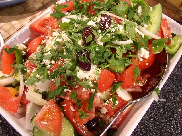 greek-turkey-salad