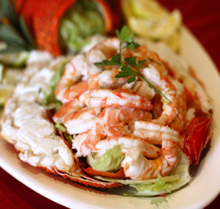 Indian Shrimp with Apples and Yogurt