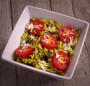 Spinach Basis Pesto Pasta with Tomatoes